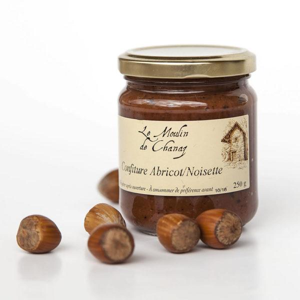 confiture artisanale abricots noisettes